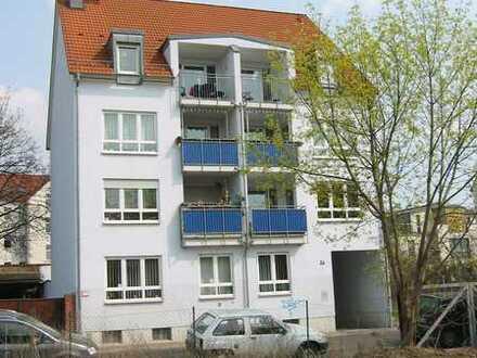 Gepflegte Wohnung/ 3 Zimmer/ Loggia/ Stellplatz TG