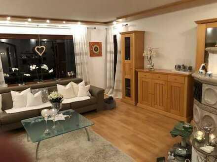 Gepflegte 3-Zimmer-Wohnung mit Balkon und EBK in Bobingen