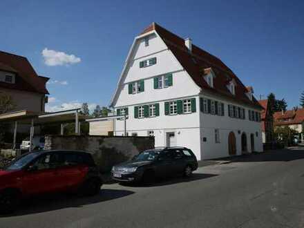 Wohnen im historischen Ambiente 3,5 Zi-Erdgeschosswohnung mit Terrasse und Gartenanteil
