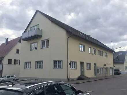 Gepflegte 5-Zimmer-Wohnung mit Einbauküche