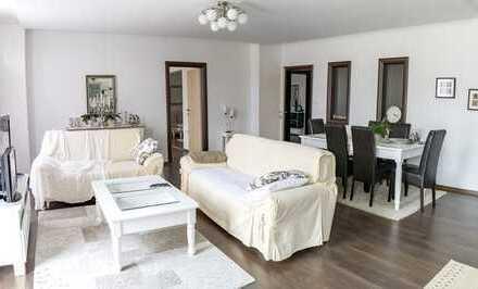 160m², 5 Zimmer, saniert, ruhige Lage, sehr geräumig,gr.Dachterrasse