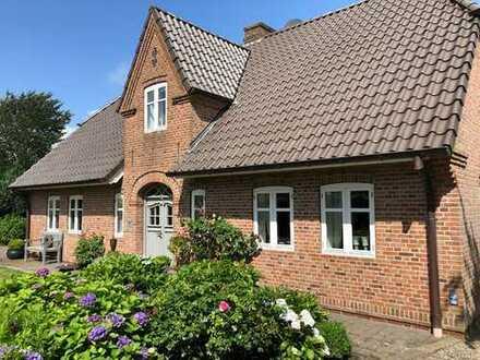 Traumhaftes Einfamilienhaus mit fünf Zimmern in Niebüll (Nordfriesland)