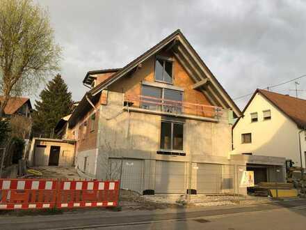 Erstbezug mit Einbauküche, Balkon und Tiefgarage: 4-Zimmer-Wohnung mit Ausblick