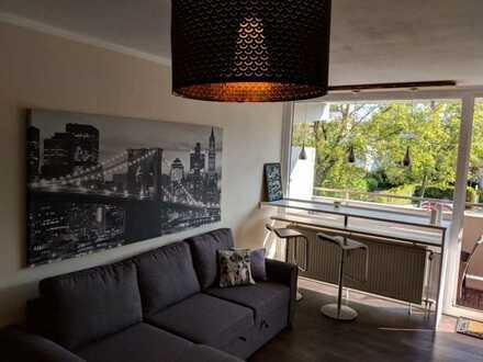 Hochwertig möblierte 1-Zimmer-Wohnung mit Balkon und EBK in Unterschleißheim (nahe BMW)