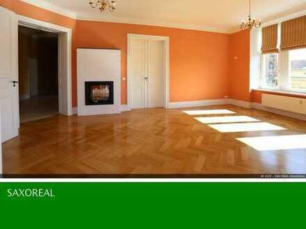 - TRAUMHAFTE 6-Raumwohnung mit Einbauküche, Balkon und Kamin -