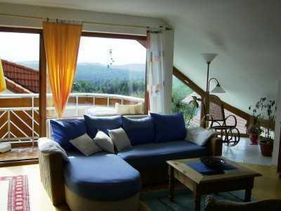 möblierte 3-Zimmerwohnung mit 2xTV, Küche, Bad/Wc, Balkon, Waschmaschine, PKW Stellplatz