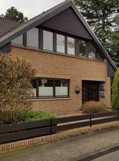 Sehr gepflegte und schön gelegene Wohnung mit Garten und Carport in Brinkum