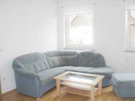 Möbliertes Apartment 2 Zimmer Küche Bad Stadtmitte.