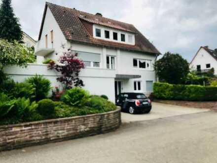 Freistehendes Einfamilienhaus in Grunbach in Toplage.