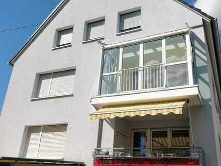 Helle vier Zimmern Wohnung in Karlsruhe - Weiherfeld