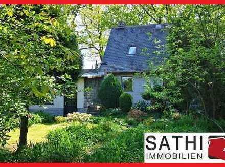 Ansprechendes Architektenhaus mit großem grünem Garten und viel Platz in bester Wohnlage!