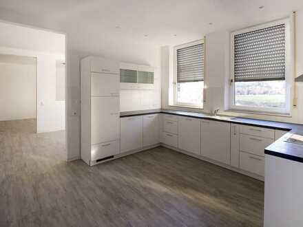 Große sanierte Wohnung mit Loftcharakter