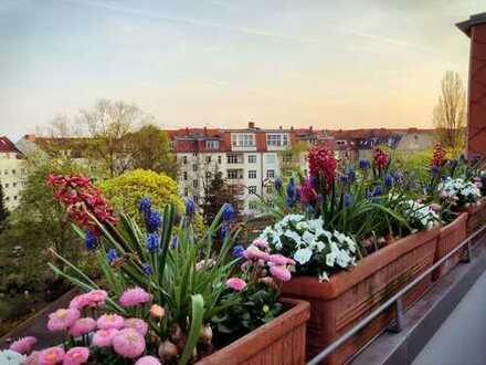 Provisionsfreie Dachgeschoss Wohnung, drei Zimmer mit zwei Terrassen in Berlin-Westend