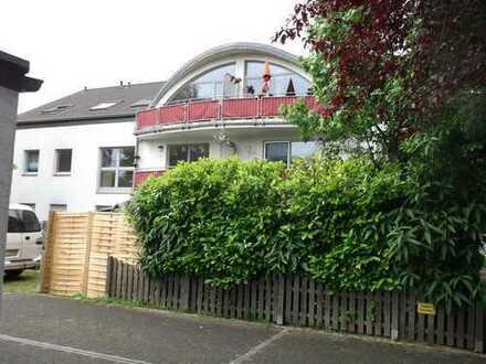 Geschmackvolle und gepflegte 2-Zimmer-Wohnung mit Balkon in Ratingen