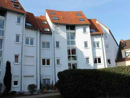 Provisionsfrei!!! Gepflegte 3 Zimmer Wohnung mit Balkon und Tiefgaragenstellplatz!!!