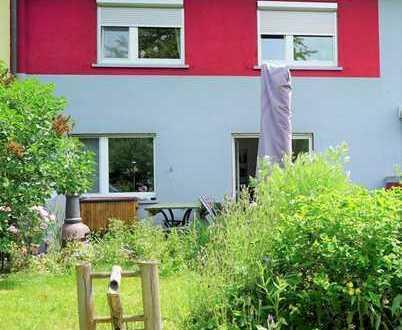 Sonniges Reihenhaus in guter Lage in Reutlingen