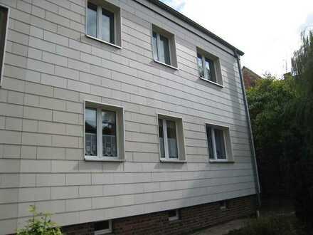 2 Zimmer Wohnung im Dachgeschoss zu vermieten