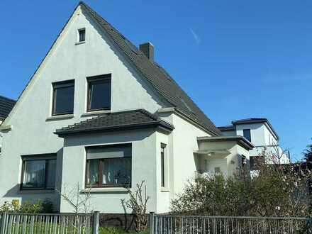 """""""Altbau - Liebhaber aufgepasst!!!"""" Schöne, helle 4 Zi-DG-Wohnung in Oldenburg-Osternburg"""