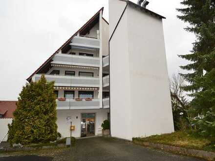 Ansprechende 190 m² Büro-/Praxisfläche, barrierefrei, mit guter Ausstattung und 7 Kfz.-Stellplätzen