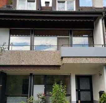Reiheneckhaus 5-Zimmer 2 Etagen mit Terrasse, Balkon u. Gartenanteil in Inzlingen zu vermieten