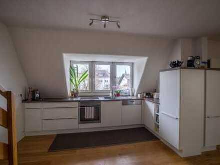 Vollständig renovierte 3-Zimmer-Wohnung mit Balkon und Einbauküche in Königswinter