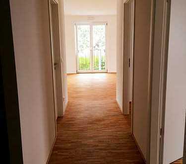 Schöne, helle und geräumige 3-Zimmer Neubauwohnung mit Designerküche in Darmstadt, Darmstadt-Nord