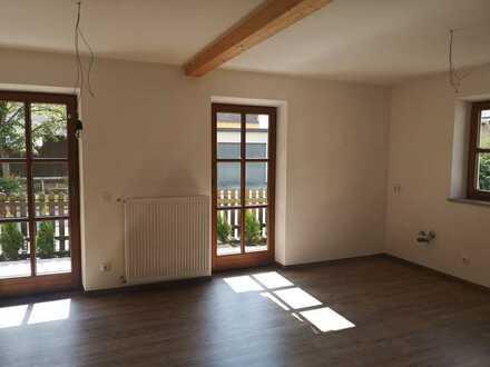 Erstbezug nach Sanierung: 3-Zimmer-EG-Wohnung mit zusätzlichem Abstellraum & Terrasse