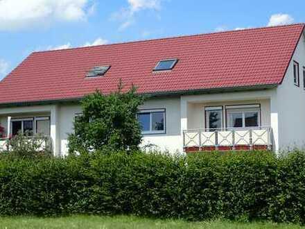 Gepflegte 2-Zimmer-Dachgeschosswohnung mit EBK in Klosterlechfeld