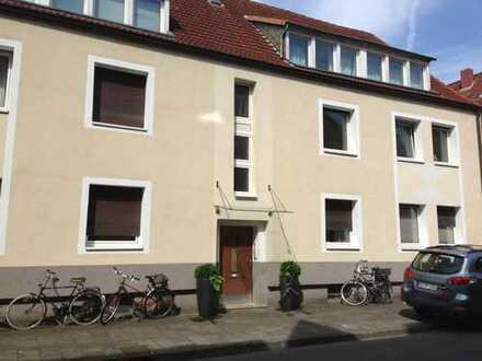 Hell und gemütlich - Schicke Wohnung mit großem Süd-West-Balkon im Kreuzviertel