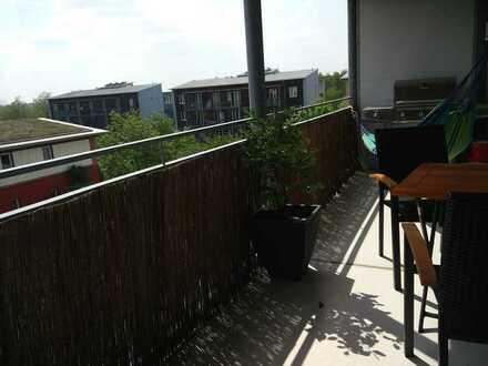 Großes Zimmer mit eigenem Balkon in schöner Maisonette-Wohnung möbiliert zu vermieten