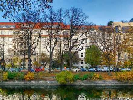 Blick auf den Landwehrkanal: 100 qm Altbauwohnung mit Süd-West-Balkon