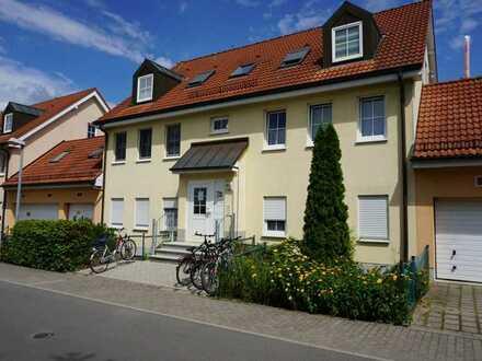 Vermietete 3-Zi. OG-Wohnung (ca. 61m² Wohn-/Nutzfläche) inkl. Garagenstellplatz !