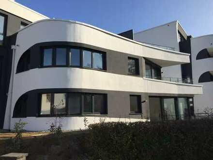 Erstbezug: stilvolle barrierefreie 3-Zimmer-EG-Wohnung mit EBK und Terrasse in Bietigheim-Bissingen