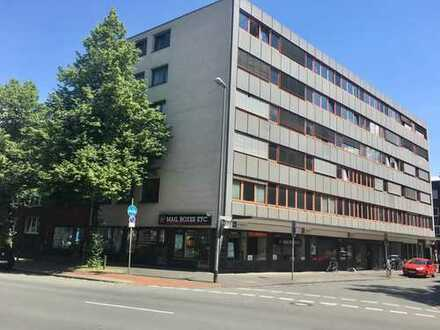 Möbiliertes 24 qm-Zimmer in 2er-WG mit bester Zentrumslage sucht Zwischenmieter/in (Januar-September