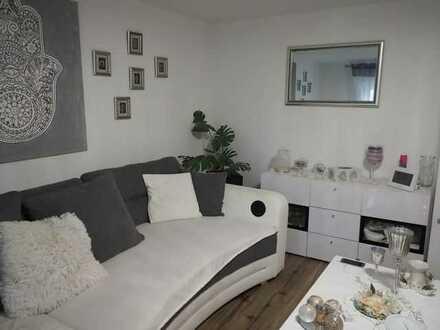 Hübsche und originelle Dachgeschoss-Wohnung in zentraler Innenstadtlage