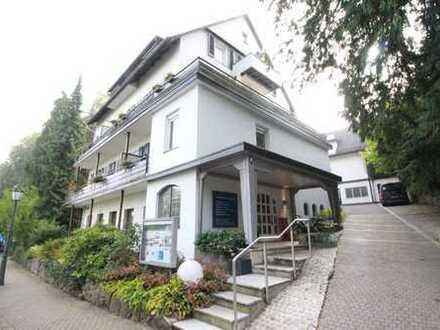 Wundervolles & modernisiertes Seminarhotel mit Geschichte