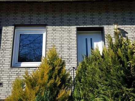 Schönes Haus mit fünf Zimmern in Bremen, Kirchhuchting