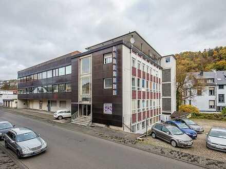 AUKTION 11. Dezember 2020 in Köln * leerstehendes Bürogebäude