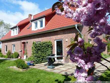 Liebevoll gestaltetes Mehrfamilienhaus mit Ferienwohnungen