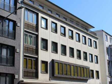 Gewerbeobjekt / Verwaltungs- / Weiterbildungsgebäude 1.303 qm (inkl. Keller)
