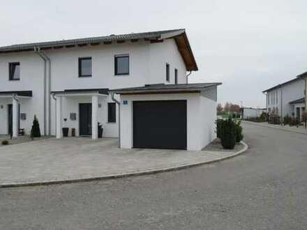 Gehobene, großzügige Doppelhaushälfte in Aldersbach (Kreis Passau)