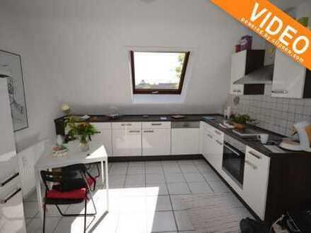Reserviert! Mit einem modernen Badezimmer und eine schöne Einbauküche ist auch schon vorhanden.