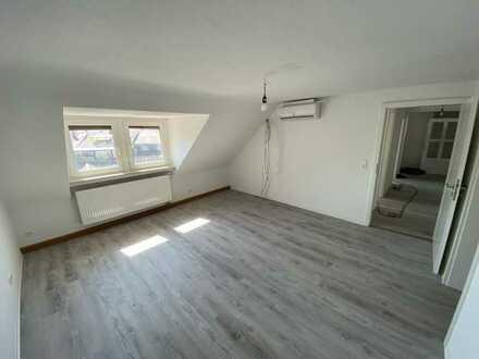 Schöne 3ZKB Wohnung über den Dächern Bruchsals
