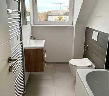 3-Zi. DG-Wohnung mit großem Balkon!