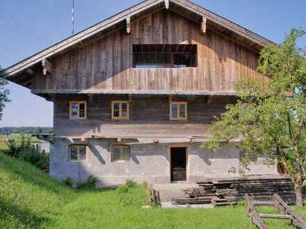 Wohnen im Denkmal!  EG und OG im kernsanierten Bauernhaus in historischem Ambiente