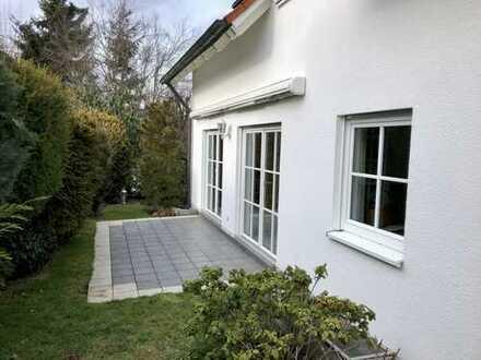 Charmantes EFH mit anspruchsvoller gehobener Ausstattung und sehr schönem Wohlfühlgarten in Diedorf