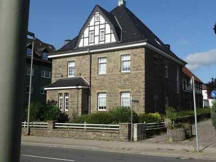 Schönes, geräumiges Haus mit 11 - Zimmern in Ennepe-Ruhr-Kreis, Wetter (Ruhr)