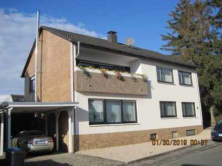 Kapitalanlage 4% Rendite + Wertsteigerung, vermietet ca. 95 m²+12 m² im 2 Fam.-Hs. im 1. OG