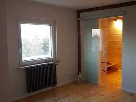 ERSTBEZUG! Vollsanierte und modernisierte Maisonette Wohnung