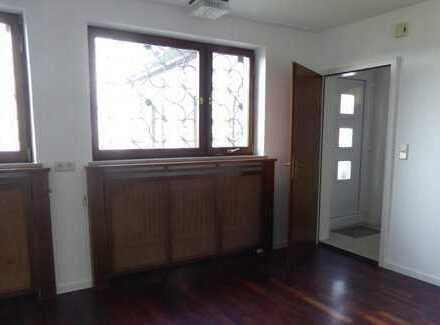 Modernisierte 2-Zimmer-Wohnung mit EBK in Daisendorf